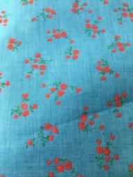 Tecido algodão com flor para blusa infantil
