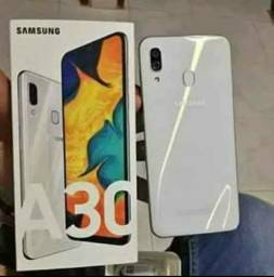 Samsung a30 64 GB 4RAN