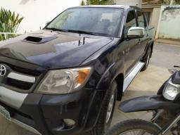 Vendo Hilux diesel Manual, com 130000 km original,