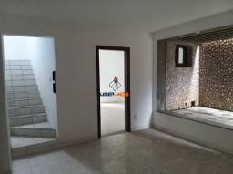 Casa Ampla na Avenida Maria Quitéria, para Locação Comercial, Duplex, 8 Quartos, 3 Suítes,