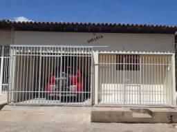 Casa no Promorar, casa grande, bem localizada, prox do Atacadão e Carvalho