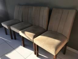 Cadeira de jantar (4 cadeiras por R$150,00)
