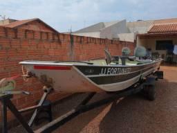 Vendo ou troco barco 6mt cemi chato completo