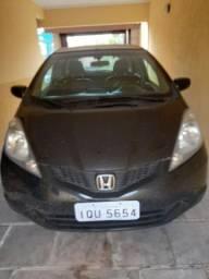 Vendo Honda Dit 2010. Única dona. .