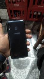Galaxy m20 64gigas de memória 4de RAM