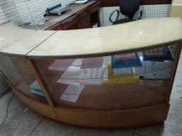 Vendo balcao, mesas de escritorio