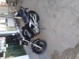Moto Yamaha fazer  preta 250
