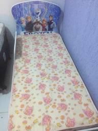 Vendo cama da Frozen Crianca