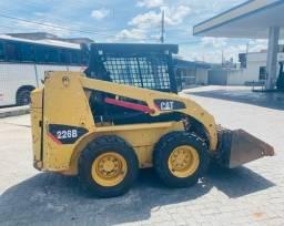 Mini Carregadeira Caterpillar 226 (Propostas)