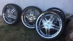 Vendo rodas com pneus R22