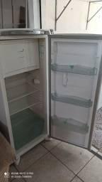 Título do anúncio: Geladeira Consul facilite frosfree 324 litros