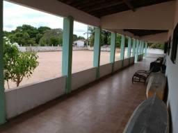 Vende-se granja em Macaíba
