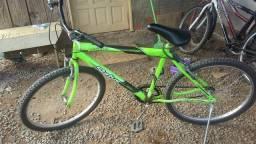 Bicicleta semi-nova muiti boa para andar vendo ou troco por notebook com 4 gb de ram bom