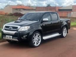 Vendo ou troco Toyota Hilux completa - 2009