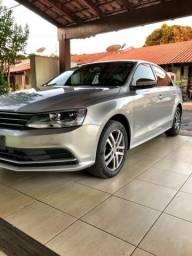 Vw - Volkswagen Jetta Confortiline - 2015