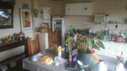 Casa no bairro Gloria 5qts 8vgs com habite-se