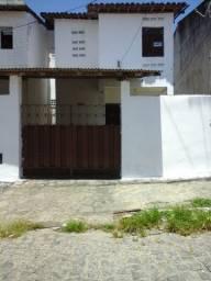 Casa para alugar em Mangabeira 2