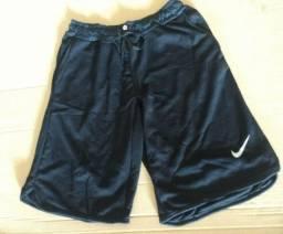 Bermuda Estilo Nike