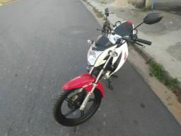 Titan 150 2015