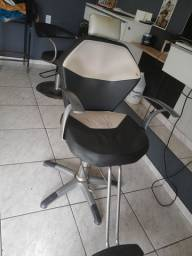 Cadeira para barbeiro dompel oportunidade!!
