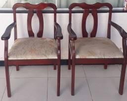 Vendo duas cadeiras usadas