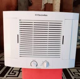 ELECTROLUX 7.500'BTUS GELANDO PERFEITO TODO OK (Apenas 400 Reais) ENTREGO