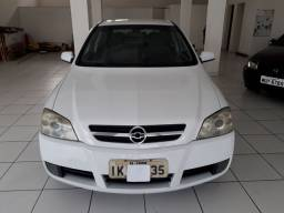 GM Astra hatch cd 2 0 8v 4pts completo 2003