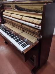 Piano semi-novo 1990