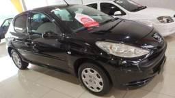 Peugeot 207 1.4 (Financiamos Com Pequena Entrada)