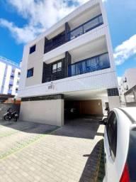 Apartamento nos Bancários, 2 quartos e quintal