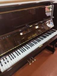 Piano semi-novo modelo 126