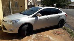 Vendo Focus sedan Titanium Plus 2.0, 16V, 2014/15