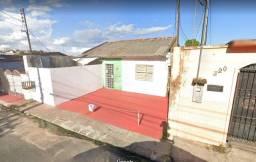 Uma vila de casas medindo 10x34,6m no São Francisco!