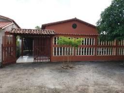 Vendo casa com 4 suítes em Em Nova Viçosa/ Bahia