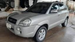 Título do anúncio: Hyundai Tucson 2.0 GL Automática, Couro, Prata, 2008. Impecável.