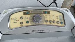 Máquina de lavar Electrolux lava e seca 12Kg. Grande BH