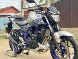 Yamaha MT 03 321cc ( BAIXA KM ) 2017
