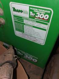 Vendo Picador/Triturador forrageiro TRF 300 Semi - novo