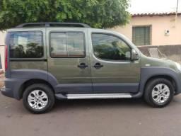 Fiat Doblo Adventure. 7 lugares, Ano 2010/2011 - 2010
