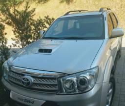 Toyota hilux sw4 3.0 srv 4x4 7 lugares 16v turbo intercooler diesel 4p automático 2009 - 2009