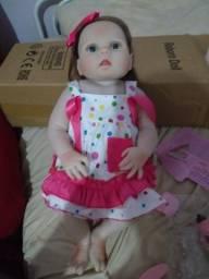 Negocio bebe rebour menina nova na caixa por