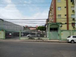 Apartamento com 3 dormitórios à venda, 75 m² por R$ 265.000,00 - Maraponga - Fortaleza/CE