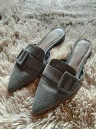 Sandálias Arezzo usado.?