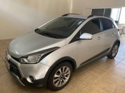 Hyundai HB20 X 2018 33 mil km automático - 2018