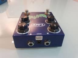 Pedal T-rex WhirlyVerb - americano (reverb com modulação)