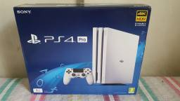 Playstation 4 Pro Branco - PS4