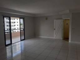 Alugo apartamento de 04 quartos e duas vagas na garagem