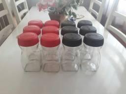 12 Potes Nescafé limpos para doces e artesanato.