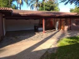 Lote de 2.500 m² com 2 casas Cond Boa Vista Graminha em Limeira
