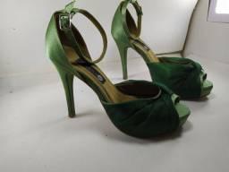 Sandália para baile de formatura
